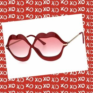 Accessories - Red Lips Sunglasses